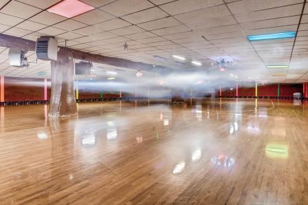 14501 Brighton Road Brighton-large-025-15-Skating Floor-1500x1000-72dpi